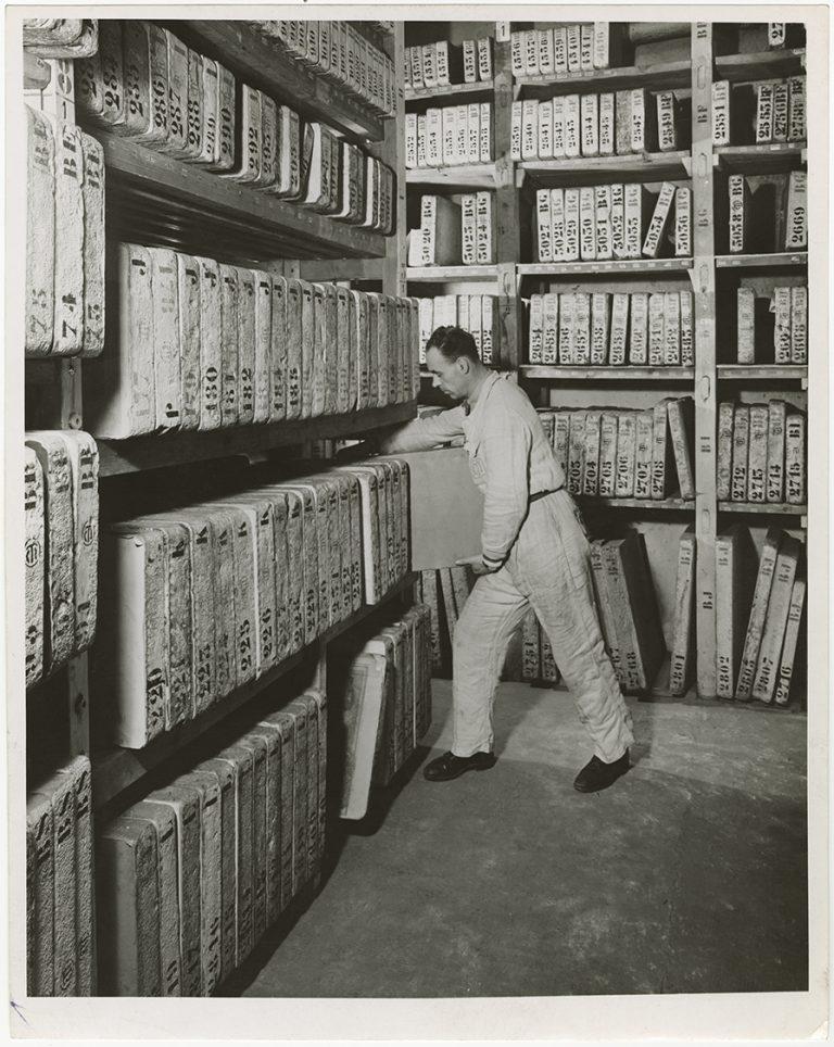 La litoteca dell'Ufficio Cartografico del TCI, 1954