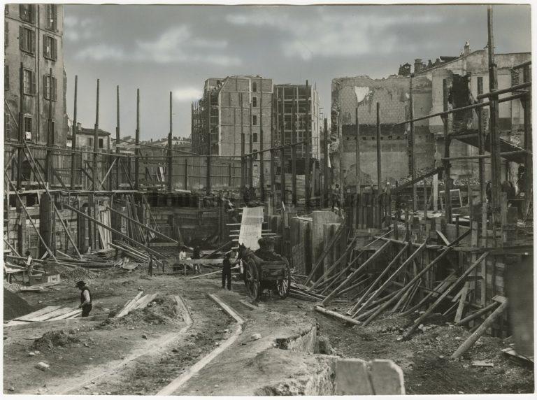 Il Palazzo del TCI in corso Italia in costruzione, 1914